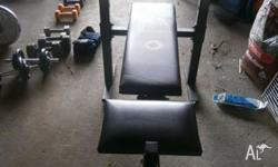 York Bench Press with Leg Curl - Weight Bar & 20kg