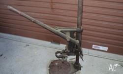 Old black and decker drill press,good condition stiil