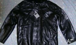 FOR SALE , BRAND NEW BLACK GUCCI LEATHER JACKET , FUR