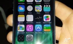 Black Iphone 5 still in perfect working condition, it