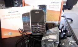 BLACKBERRY BOLD 9000. Including charger (with various