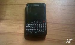 Used Blackberry Bold 9780 Charges by micro-usb, doesn't