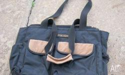 *3 piece carry bag *GR8 Storage bag with several