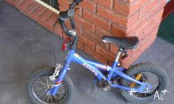 BMX GIANT BRAND - KIDS BIKE GOOD CONDITION IDEAL FIRST
