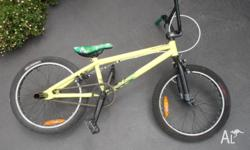 BMX in excellent condition, hardly used.