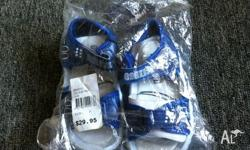 I am selling a pair of boys size 7 Oshkosh sandals. The