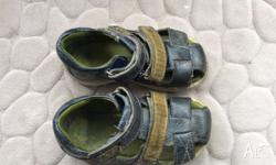 Size 23 - UK /AU 6 Toddler boys ECCO Sandal Blue and