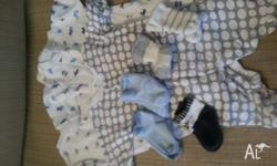 Listed here are boys clothing pieces size 000. All in