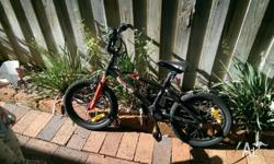 Great bike, v. good condition, has bell. Price