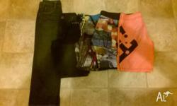 4 pair of shorts and 1 pair of pants. In good