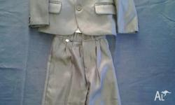 BOYS SUITS X2 GREY IN COLOUR SIZE 4 INCLUDING VEST