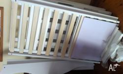 BRAND NEW 3in1 NZ PINE WHITE SLEIGH COT! $350ono