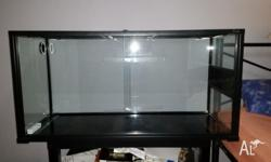 BRAND NEW 4ft reptile enclosure/tank for sale Sliding