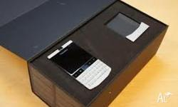 brand new blackberry z10 for sale it comes with all