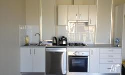 1 Bedrooms available in spacious 2 bedrooms unit in