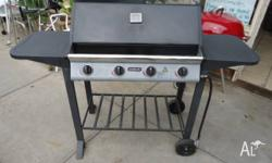 BRILLIANT JUMBUCK 4 BURNER GAS BBQ!!! IN GOOD CONDITION