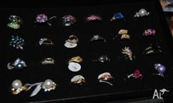 600+ pieces of fashion jewellery - rings, bracelets,
