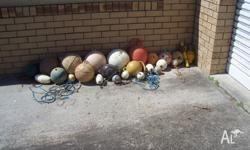 buoys and floats etc for positioning and nots used by