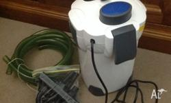 Canister filter 1000L/hr in A1 condition. With all