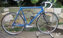 Cannondale 56cm road bike with Shimano Ultegra