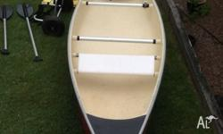 Rosco fibreglass Canoe Length 4.65 mtrs Weight 32 kg