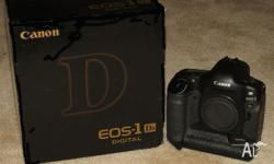 Canon 1Ds Professional Digital Camera in excellent