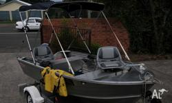 Stacer 370 car topper 3.7 metres !5 hp yamaha hardly