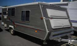 Caravan Coromal 520 Seka Air Conditioned, 1998, Van