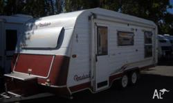 Caravan Roadstar Pinnacle Elite Tandem, 2000, Caravan,