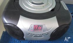 COMPACT CD PLAYER WITH RADIO. IN EXCELLENT WORKING