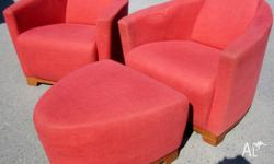 LOUNGE CHAIRS RED Beautiful round Italian design