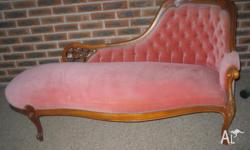 Chaise Lounge in lovely condition, unsure of its age. I