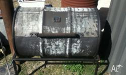Heavy guage 44 Gallon Drum Charcoal BBQ Grill and Spit