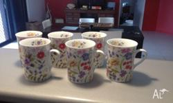 6 x Maxwell and Williams flower coffee cups. Never been