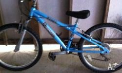 Child's Dawes bike with Shimano shift gears on handle