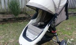 Great pram, easy to fold and store. From smoke free
