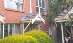 Townhouse, 10 minutes walk to Flinders Medical Center,