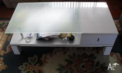 caffe table with 1 draw size 120 x 60 exc. cond. white