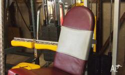 Cal Gym Leg Extension, big weight stak. Good condition,