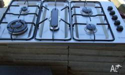 Westinghouse gas cooktop, very good condition, clean.