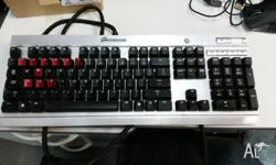 Hi, selling my old Keyboard. Vengenace K60, Cherry Red