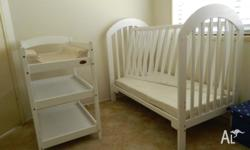 BABY HOOD BRAND & ALL MATCHING COT CHANGES TO TODLER