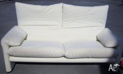 COUCH WHITE very comfortable Material : micro fibre,