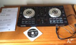 IM selling my Turntable its in great condition and only