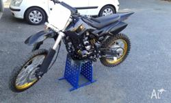 DDR 200cc Dirtbike 4 stroke Electric start, brand new