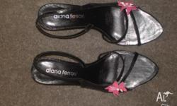 Diana Ferrari black leather sandals. Felicity size 9,