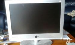Grundig 22 inch Digital tv-dvd combo . Comes with a