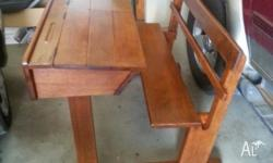 BEAUTIFUL DOUBLE DESK ANTIQUE IN SILKY OAK PERFECT