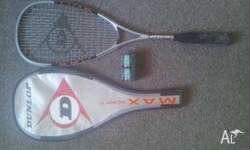 Selling a Dunlop Max squash racquet - minimal use -