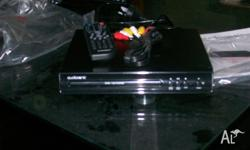 i am selling a small audiosonic dvd player. never been
